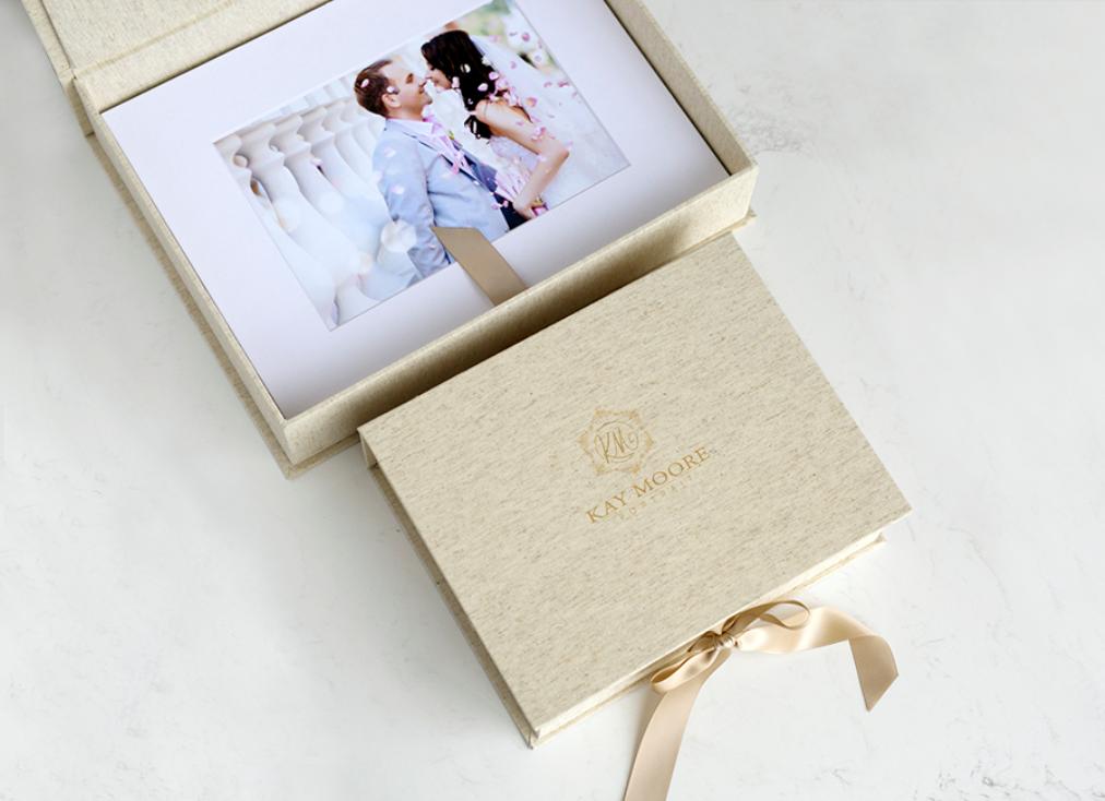 Linen Portfolio Box
